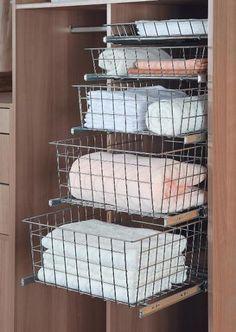 Šatní koš WIRELI Komfort, 540x150x490 mm, šedý epoxid, ložiskový výsuv | Aukro Kos, Aries, Blackbird