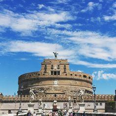 Castel S.Angelo.Roma  #igersroma#igersalazio#roma#castelsantangelo#familyintour#instapic#sunday#summer#domenica#beautifulplace#lovesroma#travel#instatravel