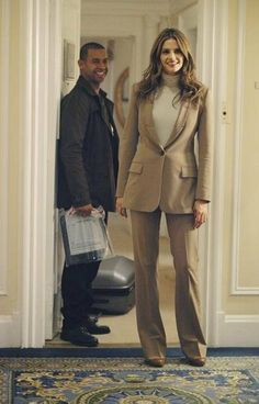 Jon Huertas and Stana Katic in Castle - Eye of the Beholder