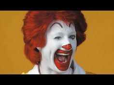 The Real Reason McDonald's Got Rid Of Ronald McDonald - YouTube Creepy Smile, Creepy Clown, Working At Mcdonalds, Happy As A Clam, Ready To Rumble, Good Riddance, Thanksgiving Day Parade, Cultura Pop, Get Over It
