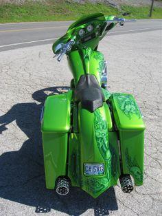 Bagger green
