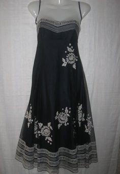 Платье женское праздничное. Р-Р 36.Дёшево. Шикарное праздничное платье на девушку. Платье с открытым