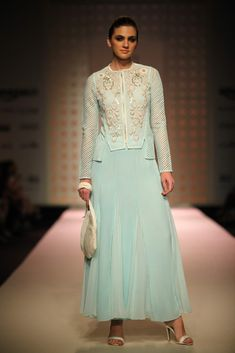 All the looks from Kavita Bhartia at AIFW SS16 -cosmopolitan.in
