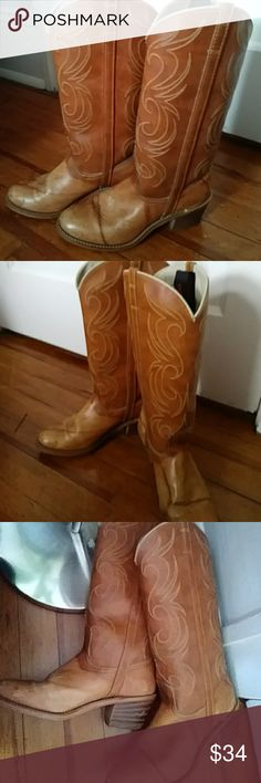🆕Dingo Cowgirl western boots😉 Pre-loved. Ready to boogie. Beautiful brown with stitched design throughout top with a lighter brown bottom. Does have creasing aling top on both feet and scuff marks on heels. Just shows they work. Size 7.5. Fun find!! Dingo Shoes Heeled Boots
