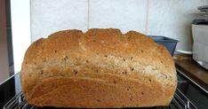 Hozzávaló • 20 dkg előtészta itt • 20 dkg teljes kiőrlésű búzaliszt • 20 dkg kenyérliszt BL 80 • 1,25 dl joghurt... Van, Bread, Food, Yogurt, Brot, Essen, Baking, Meals, Breads