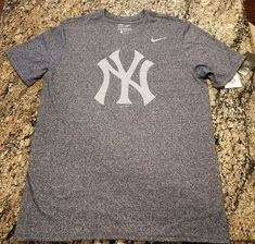 488959a7d Nike MLB New York Yankees Men's Size Large Marled Navy T-Shirt NYY Bronx  Bombers