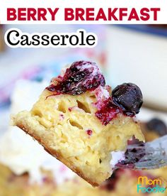 This berries and cream breakfast casserole is made with light airy croissants. This will be the most decadent brunch ever! Croissant Breakfast Casserole, Savory Breakfast, Breakfast Recipes, Easy Casserole Recipes, Croissants, Meal Ideas, Berries, Brunch, Meals