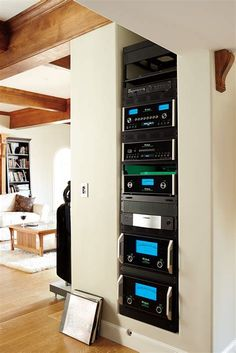 Best Home Automation Ideas For Your Smart Home In 2019 Best Home Automation Ideas For Your Smart Home – Heimkino Systemdienste Home Cinema Room, Home Theater Setup, Home Theater Rooms, Home Theater Design, Theatre, Best Home Automation, Audio Rack, Smart Home Design, Home Theater Installation