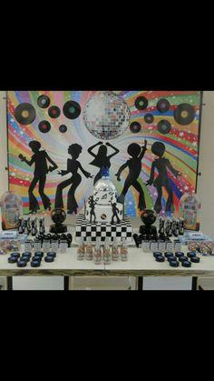 Disco Theme Parties, Disco Party Decorations, Disco Birthday Party, Birthday Party Centerpieces, 70th Birthday, Party Themes, Roller Skating Party, Skate Party, Retro Party