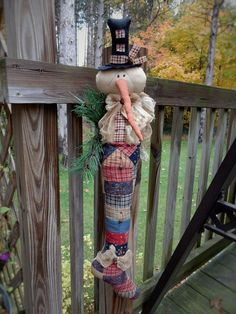 http://www.ebay.com/itm/FoLk-Art-PrimiTive-ChrisTmas-SNOWMAN-DOLL-Quilt-SanTa-BooT-sTocKinG-DecoraTion-/132012689448?hash=item1ebc91c828