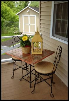Burlap Bistro Set by FunCycled www.funcycled.com