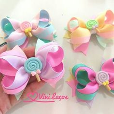 Laço Boutique com Spike Candy Colors 2 Diy Hair Bows, Making Hair Bows, Diy Bow, Bow Hair Clips, Baby Bows, Baby Headbands, Cinderella Hair, Baby Girl Hair Accessories, Hair Decorations