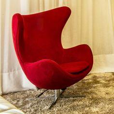 Leve mais conforto para sua casa, e ainda a cor vermelha contrasta com o restante dos móveis, fica perfeito!!
