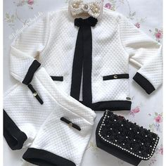 Baby Girl Fashion, Toddler Fashion, Kids Fashion, Kids Outfits Girls, Baby Boy Outfits, Cute Outfits, Luxury Baby Clothes, Baby Dress, Baby Girl Clothing