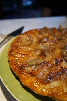 Gourmandises et Merveilles: Tarte tatin aux échalotes