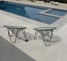 Oia Greece, Outdoor Furniture Sets, Outdoor Decor, Sculpting, Stool, Sweet Home, Instagram Posts, Table, Home Decor