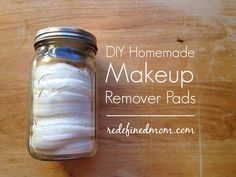 Love store-brand makeup remover pads? Hate the list of ingredients and the price? Here is a quick and easy tutorial for DIY Homemade Makeup Remover Pads. 5 ingredients and less than 20 minutes and they work even better than store brands.