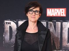 HBO has found its director for the upcoming Game of Thrones prequel pilot, as well as rounding out the cast with newly announced regulars. Jessica Jones, Entertainment Stand, Entertainment Weekly, Charlize Theron, Carey Mulligan Hair, Game Of Thrones Prequel, Female Directors, Sony, Sunday Roast Chicken Dinner