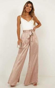 Complete your look with the Egyptian love Pants in mocha satin from Showpo! Buy now, wear tomorrow with easy returns available. Prom Outfits, Summer Outfits, Casual Outfits, Cute Outfits, Fashion Outfits, Sporty Fashion, Ski Fashion, Winter Fashion, Flowy Pants Outfit