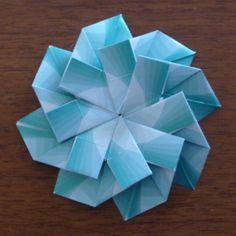 Origami for Everyone – From Beginner to Advanced – DIY Fan Origami Wedding, Origami Ball, Origami Love, Useful Origami, Origami Design, Origami Stars, Origami Flowers, Origami Owl Keychain, Origami Bookmark