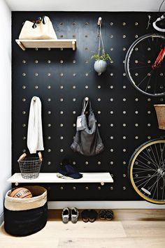 wall-pegs-storage