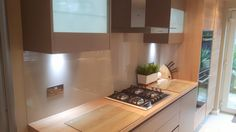 Coloured glass splashback for this kitchen. Glass Splashbacks, Coloured Glass, Color Splash, Clear Glass, Mirror, Kitchen, Furniture, Home Decor, Cooking