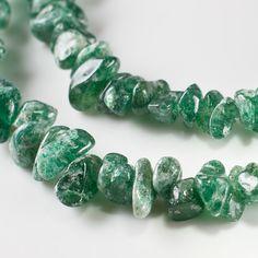 String Agate gemstone chips, Green agate gemstones, beading, jewellery supplies £1.00