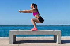 Kniebeugen sind der Fitness-Klassiker für einen knackigen Po und straffe Beine. Wir verraten Dir, wie Du Kniebeugen richtig machst.