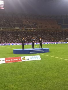 Zanetti and Friends @MatchforExpo  ·  May 4 Performance live emozionante de @ilvolo qui a San Siro! #MatchForExpo