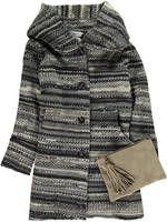 La marca de moda Florencia te propone sus maxi abrigos, la prenda estrella de la nueva temporada - Ediciones Sibila (Prensapiel, PuntoModa y Textil y Moda)