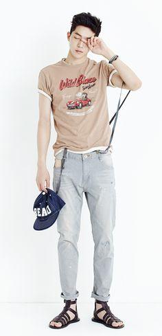 [Thursday Island] Men Tops T-Shirts & Printed & Hoodies Men's Wild Blaze T-Shirt T144MTS204M