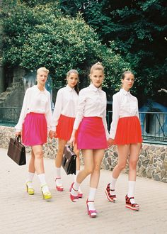 Pretty preppy schoolgirl chic.   Style | Fashion | School Girl | Inspiration…