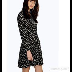 "NWT Black White Dress SZ S/M Bust  30"". Waist 27""  Length 34""  95% polyester 5% elastane Dresses Mini"