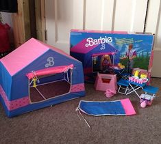 Old Barbie Dolls, Barbie Sets, Bad Barbie, Barbie Dream, Barbie House, Doll Toys, Barbie Stuff, Retro Toys, Vintage Toys