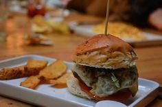 Hamburguesa Fisgón con patatas