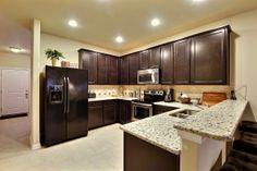 Kitchen/breakfast bar Imagine Homes San Antonio, Texas