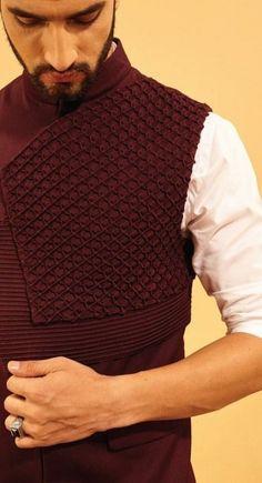 Trendy How To Wear Tshirt Wardrobes Ideas Wedding Kurta For Men, Wedding Dresses Men Indian, Wedding Dress Men, Mens Indian Wear, Indian Men Fashion, Mens Fashion Suits, Blazer Outfits Men, Stylish Mens Outfits, Designer Suits For Men