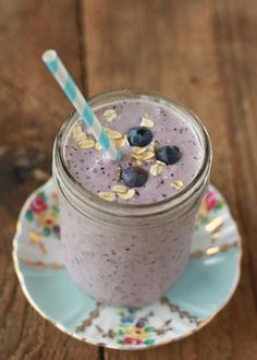 Blueberry Oatmeal Smoothie ½ medium frozen banana ½ cup fresh or frozen blueberries ¼ cup rolled oats ½ cup vanilla yogurt ½ cup milk