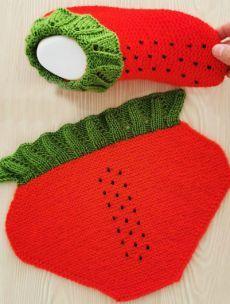 Hashtag Gulumsetenmarifetlerpatik Sur I - Diy Crafts Baby Knitting Patterns, Knitting Designs, Knitting Projects, Sewing Patterns, Crochet Patterns, Knit Slippers Free Pattern, Knitted Slippers, Knitted Hats, Knitting Wool