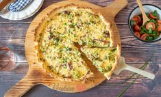 Quiche met broccoli en spekjes - Keuken♥Liefde Broccoli, Breakfast, Food, Quiches, Bowls, Instagram, Morning Coffee, Serving Bowls, Essen