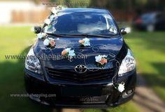 Autogesteck für Hochzeit Rosen Rattan - - 24 entfalteten Creme Rosen mit Blättchen (vorne, hinten und an den Seiten des Autos) (mit Saugnapfhaken)