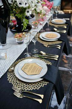 Wonderful 49 Impressive Wedding Table Setting Ideas | Outdoor ...