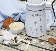leche de coco con sésamo en MioMat  #vegetalmilk #bebidavegetal #plantmilk #coco #sesamo #lechedecoco #lechedesesamo Kitchen Appliances, Coconut Milk, Chowders, Veggies, Kitchen Tools, Home Appliances, House Appliances, Kitchen Gadgets