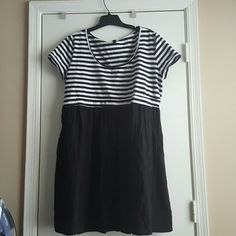 Torrid Skater Dress, Sz 5 Torrid Skater Dress, Striped top, solid bottom, with pockets torrid Dresses Midi