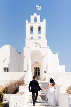 """Φωτογράφιση και βιντεοσκόπηση γάμου από την Everlasting Tales. """"Η δική σας κινηματογραφική στιγμή!""""  Δείτε περισσότερα στο www.GamosPortal.gr!  #weddingphotography #weddingphotoshooting Fotografia"""