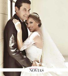 Adriana Nazrala y Roberto Rojas Foto: Jhon Orellana #RevistaMaryLizzieNovias #GaleriaNupcial #SiQuiero