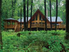 Classic Log Cabin in Maryland. Me enchants que esta rodeada de tangos Arnold's hermosos :)