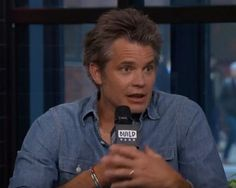 Timothy Olyphant Negotiates For a Part in Once Upon a Time in Hollywood a Quentin Tarantino movie. Walton Goggins, Timothy Olyphant, Shows On Netflix, Quentin Tarantino, Once Upon A Time, In Hollywood, Actors, Movies, Star