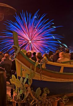 Fireworks Festival à Malte Fireworks Festival, Ferris Wheel, Fair Grounds, Travel, Malta, Viajes, Trips, Tourism, Traveling