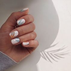 Studio by Elvira Safina on April 20 2020 one or more people and c Minimalist Nails, Trendy Nails, Cute Nails, Nails Ideias, Hair And Nails, My Nails, Shellac Nails, Acrylic Nails, Nail Art Vernis